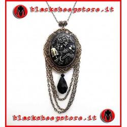 """Collana """"Antique madame skull"""""""